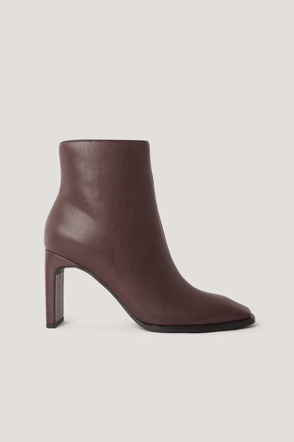 Na-kd Squared Long Toe Ankle Boots Burgundy