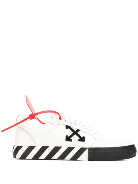 Off-white Vulcanized Low-top Platform Sneakers In 0110 Whtblk
