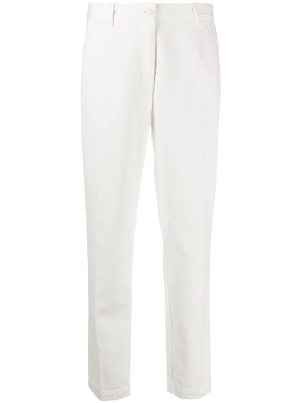 Maison Flaneur Cropped Leg Trousers In White
