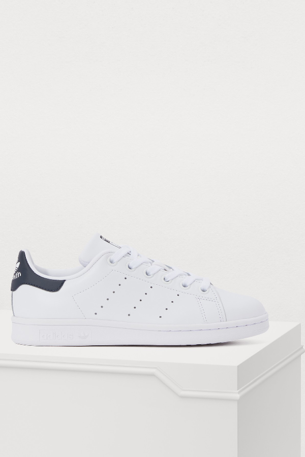 buy online bc968 3df9d Adidas Originals White And Navy Stan Smith Sneakers - White