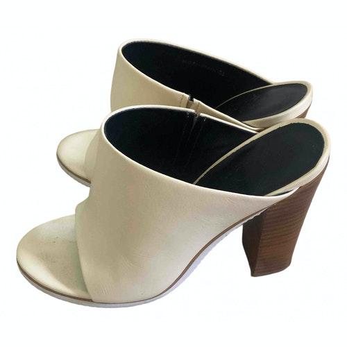 Pre-owned Tibi Ecru Leather Sandals