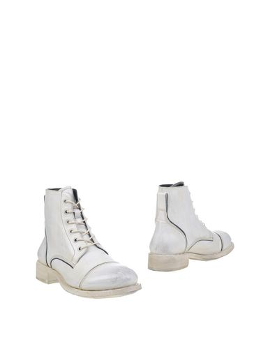 John Varvatos Ankle Boots In White