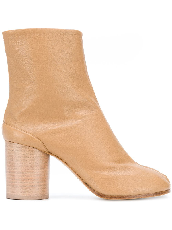 Maison Margiela 80mm Tabi Vintage Leather Ankle Boots In Neutrals