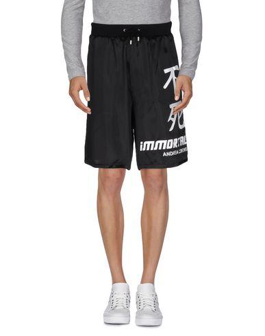 Andrea Crews Shorts & Bermuda In Black