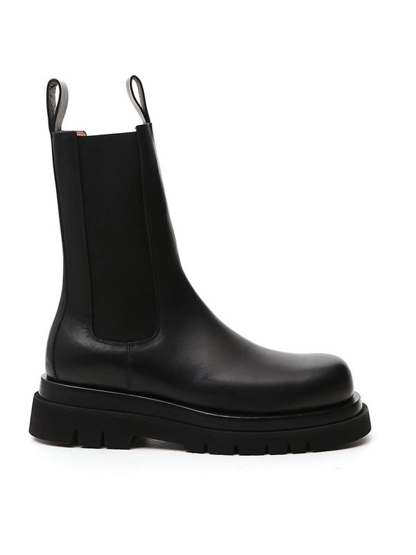 Bottega Veneta Men's Leather Chelsea Lug-sole Boots In Black