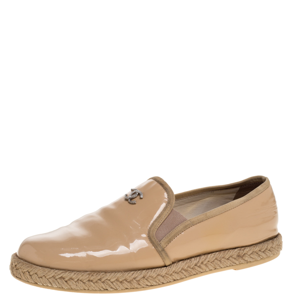 Pre-owned Chanel Beige Patent Leather Espadrille Slip On Loafers Size 36