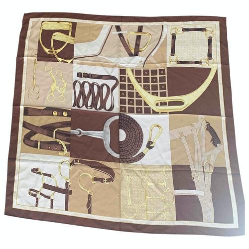 Pre-owned Longchamp Silk Silk Handkerchief
