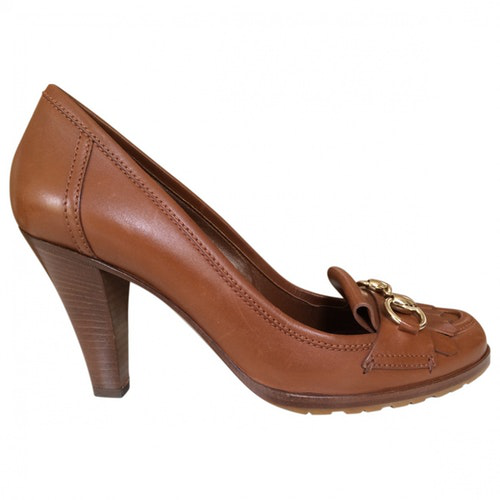 Pre-owned Gucci Camel Leather Heels