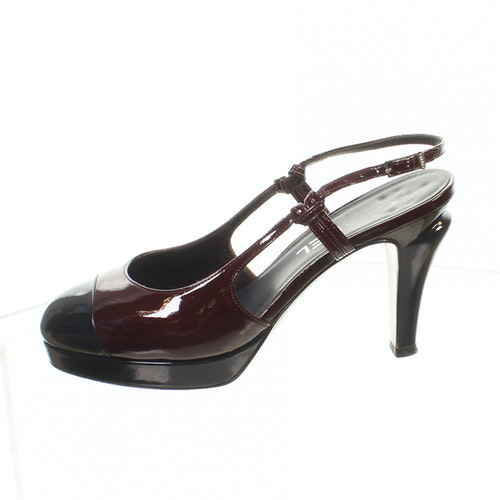 Pre-owned Chanel Burgundy Patent Leather Heels