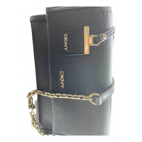 Pre-owned Dkny Black Leather Handbag
