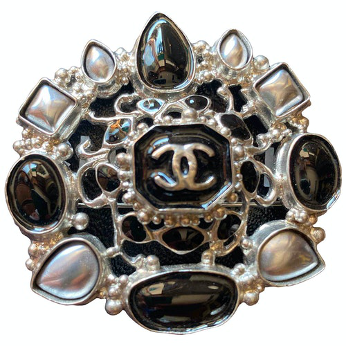 Pre-owned Chanel Silver Metal Pins & Brooches