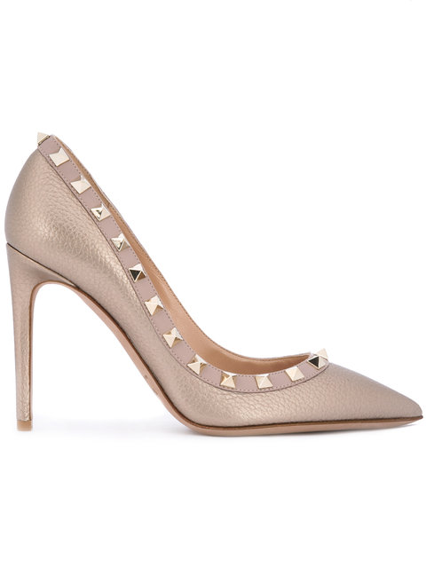 Valentino Rockstud Pointy Toe Pump In Nude & Neutrals