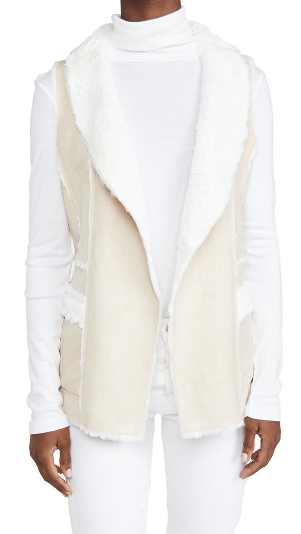 Cupcakes And Cashmere Chrissie Vest In Latte