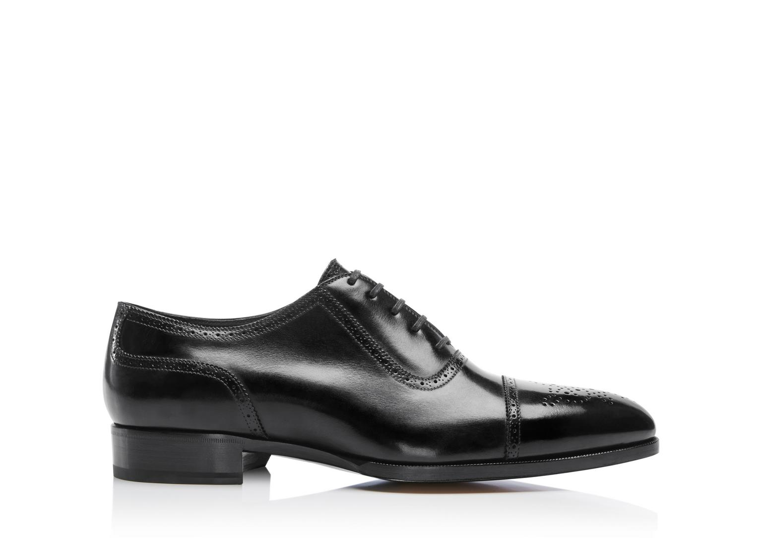 Tom Ford Austin Lace Up Cap Toe Brogue In Grey