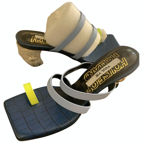 Pre-owned Yuul Yie Leather Sandals