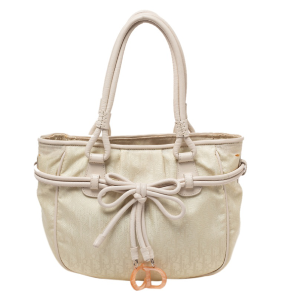 Pre-owned Dior Vanilla Oblique Nylon And Leather Bow Charm Shoulder Bag In White