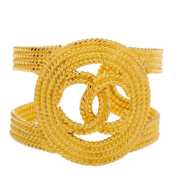 Pre-owned Chanel Vintage Gold Tone Open Cuff Bracelet