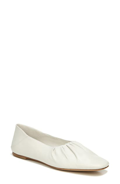 Vince Kali Convertible Ruched Ballet Flat In Off White