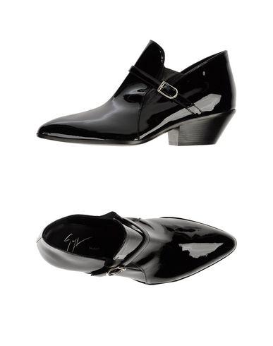 Giuseppe Zanotti Loafers In Black