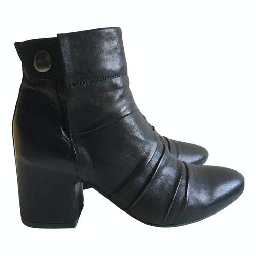 Pre-owned Fiorifrancesi Black Leather Boots