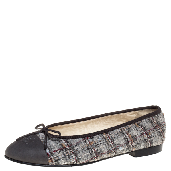 Pre-owned Chanel Grey Tweed And Leather Cap Toe Cc Bow Ballet Flats Size 38