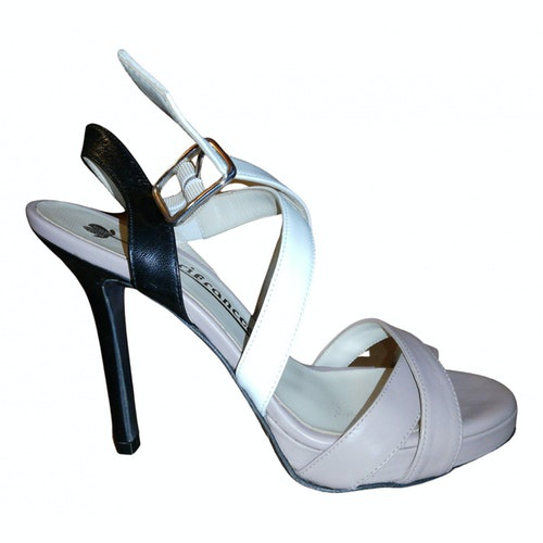Pre-owned Fiorifrancesi Leather Sandals