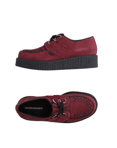 Underground Laced Shoes In Maroon