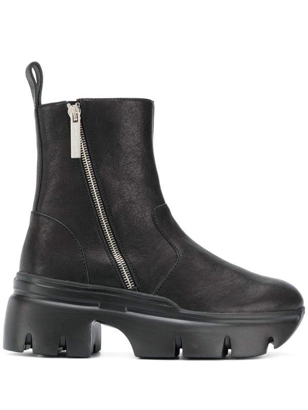 Giuseppe Zanotti Apocalypse Ankle Boots In Nero