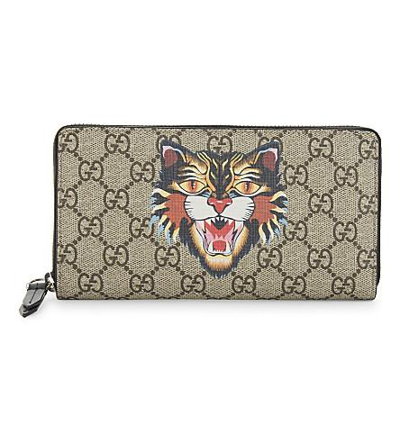 10fc446febce Gucci Angry Cat Print Gg Supreme Zip Around Wallet