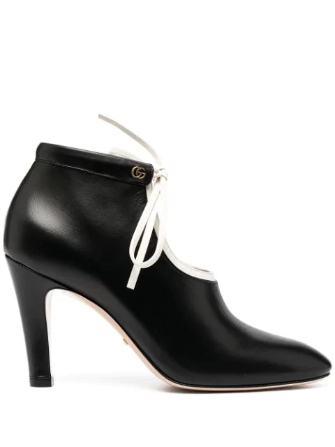 Pre-owned Gucci Tie-up Mid-heel Boots In Black