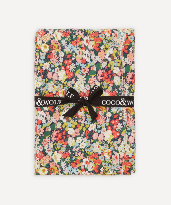 Coco & Wolf Annabella And Thorpe Large Wavy Tablecloth In Multi
