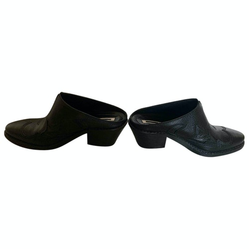 Pre-owned Mcq By Alexander Mcqueen Black Leather Mules & Clogs