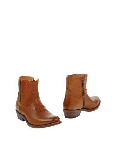 Ash Ankle Boot In Tan