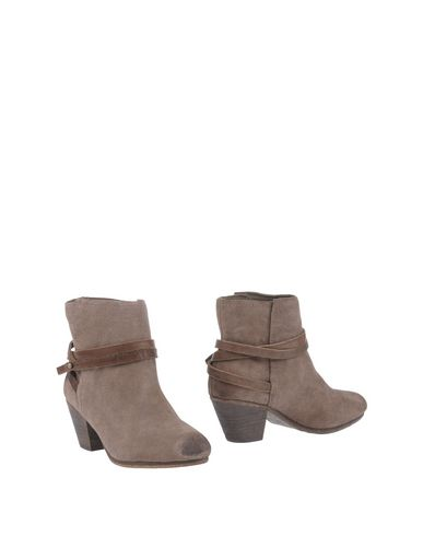 Ash Ankle Boot In Khaki
