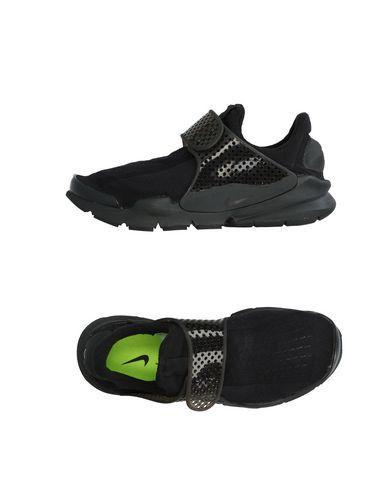 Nike In Black