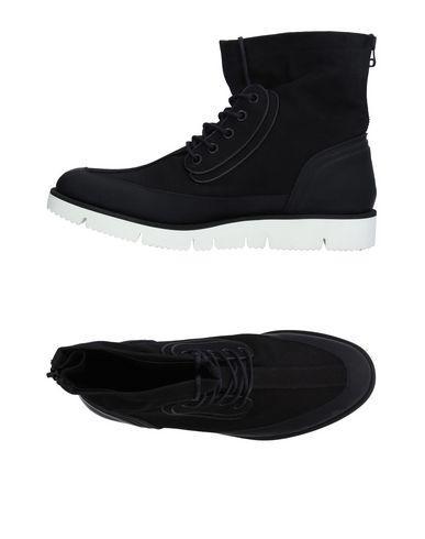 Oamc Sneakers In Black