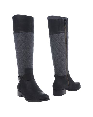 Michael Michael Kors Boots In Black
