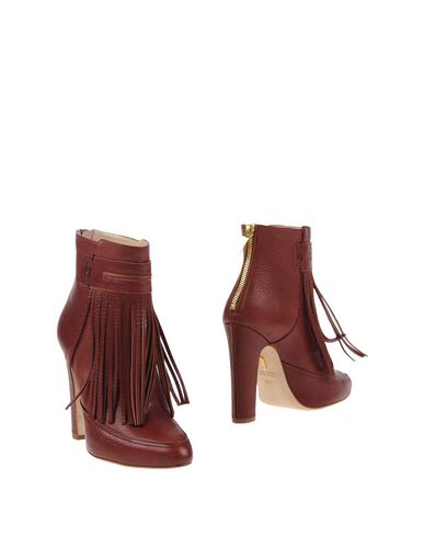 Maiyet Ankle Boot In Maroon