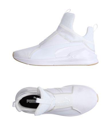 Puma In White
