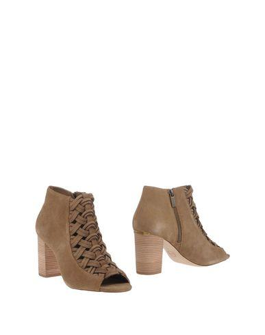 Michael Michael Kors Ankle Boots In Khaki