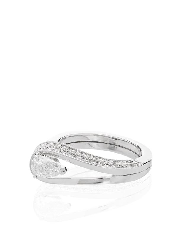 Repossi 18k White Gold Serti Inversé Diamond Ring In Silver