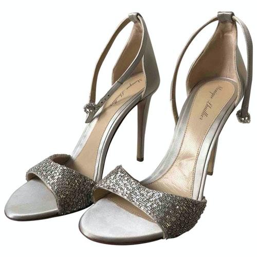 Pre-owned Monique Lhuillier White Glitter Sandals