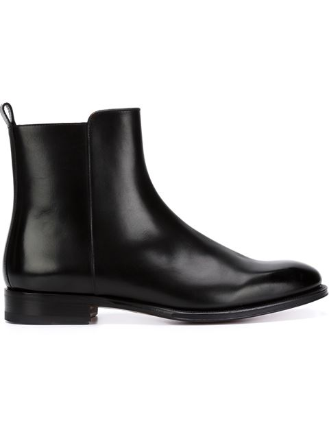 Valentino Classic Chelsea Boots In Black