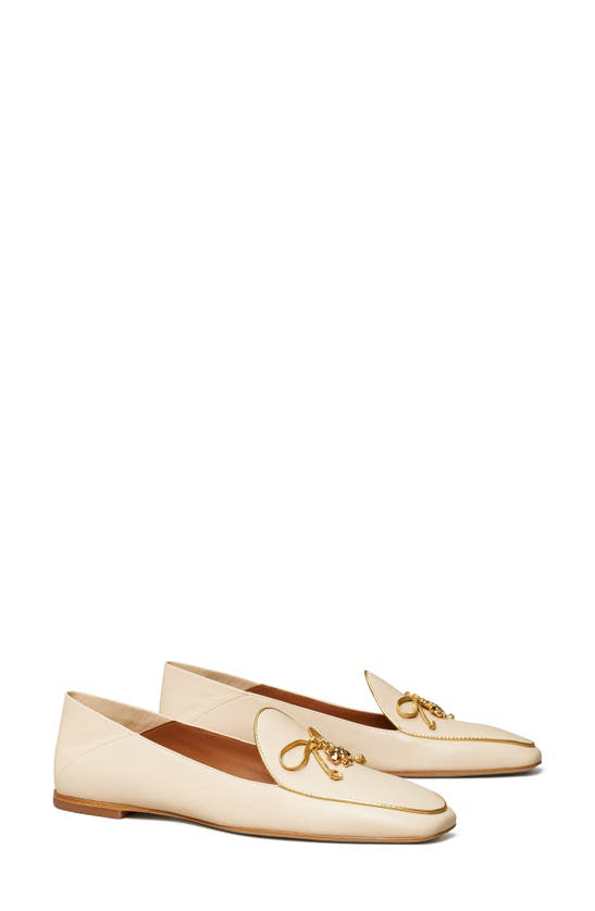 Tory Burch Logo Charm Collapsible Loafer In Dulce De Leche / Gold