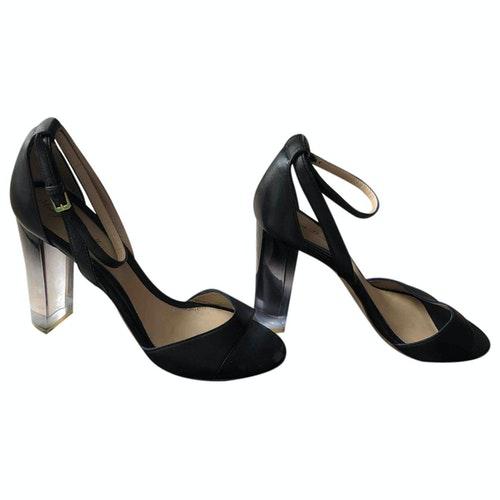 Pre-owned Monique Lhuillier Black Leather Sandals