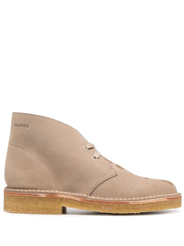 Palm Angels X Clarks Logo Desert Boots In Neutrals