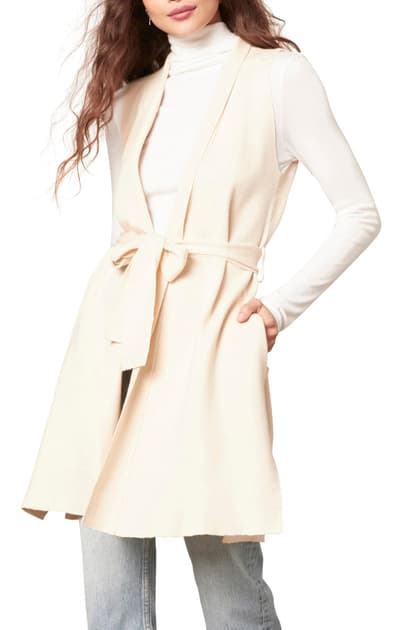 Cupcakes And Cashmere Penelope Belted Vest In Birch White