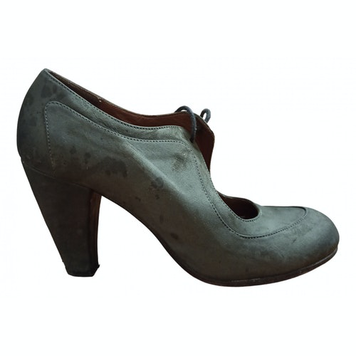 Pre-owned Fiorifrancesi Grey Suede Heels