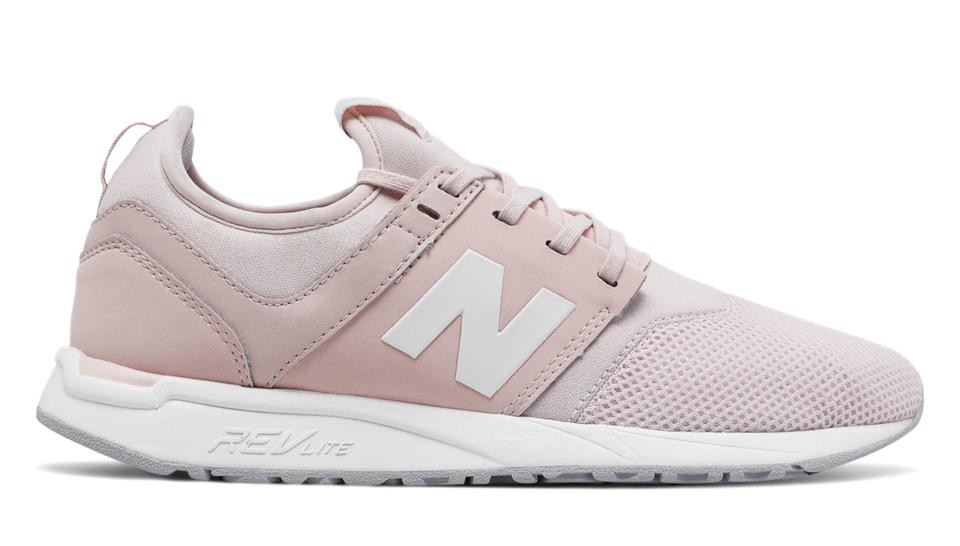 247 Classic In Pink Sandstone With White