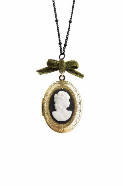 Poporcelain Women's Dark Romance Goddess Porcelain Cameo Locket Necklace